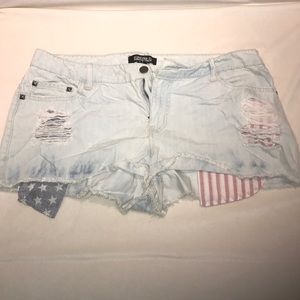Forever 21 distressed jean shorts with flag pocks